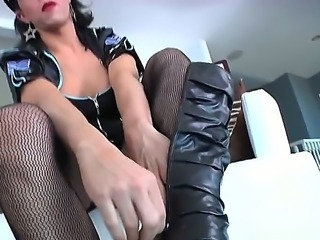 Horny policeman shemale gives her cock to boyfriend, she really want to get...