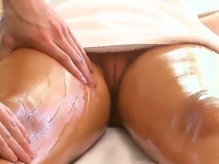 Here we go again another Rachel Starr update. It never gets old watching hot...