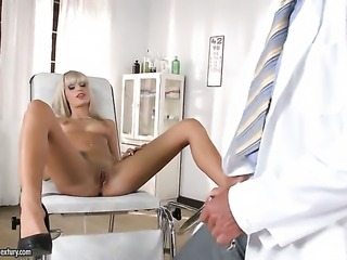 Blonde doll Erica Fontes gets a mouthful of boner in blowjob action with hot...