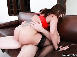 Jordan Ash has a nice time fucking Asian Ava Devine