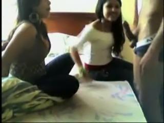 colombianas en motel mamando verga free