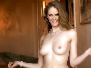 With shaved bush puts vibrator in her love hole