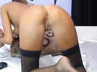 Hot Sexy Chick Moans Loud