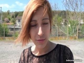 Gabriela, prof de sport bais