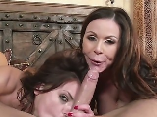 The time has come for mother Kendra Lust and father Keiran to meet their sons...