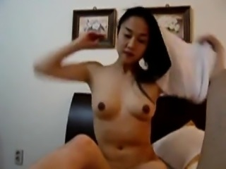 Korean Girl Horny with A Boy Friend