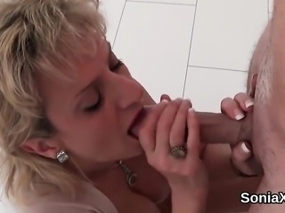 Adulterous english milf lady sonia reveals her giant boobs