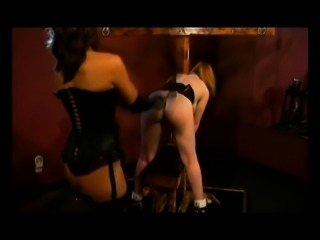 Bodacious nympho Dru Berrymore exploring her bondage fetish fantasy