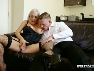 Horny blond MILF Lexi Ryder sucks her buddy off ardently