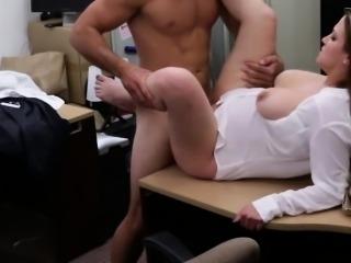Amateur pawnshop booty babe cockriding
