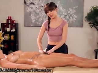 April O'Neil and Jenna Sativa Tribbing Massage