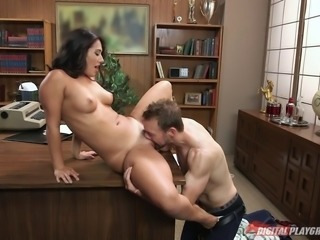 Beautiful office girl eaten out and fucked in her wet box