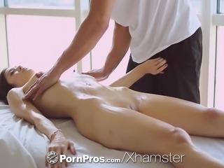 PornPros - Hot Asian beauty Elana Dobrev gets a sexy rub dow