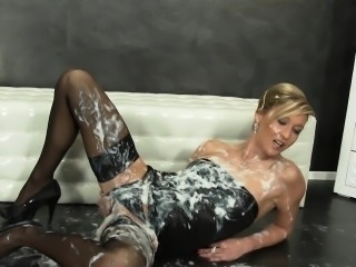 Kinky glam european rubs