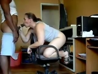 I like to watch how my wife gets drilled by black guy