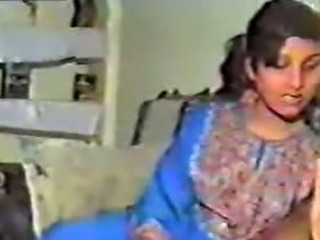Horny Pakistani housewife sucking big dick on camera