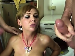 Reife Swinger - Hot MMF threesome with lusty mature German