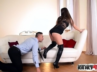 Brunette pornstar foot fetish and cumshot