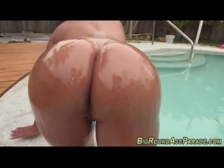 Bubblebut latina fucked
