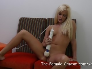 Sweet Blonde Teen Solo Masturbation to Orgasm