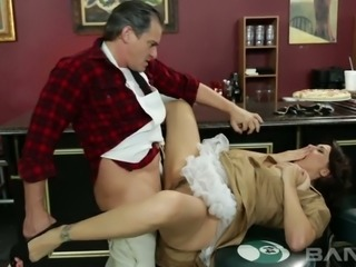 Mature appetizing brunette Raylene likes getting her fanny banged in mish and...