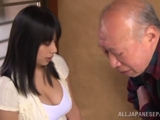 Old dude gets his cock pleasured by a Japanese bombshell
