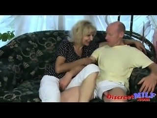 Granny fucked in her pussy