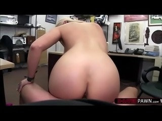 Athletic big tits stripper wants to sell her pole and gets banged