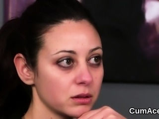 Naughty looker gets cumshot on her face sucking all the jizz