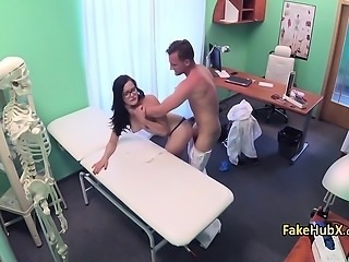 Gal enjoyed good fuck in hospital