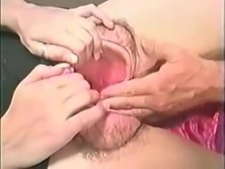 Classic: Guy put his head into giant pussy