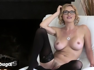 Big boobs blonde gets off with red dildo
