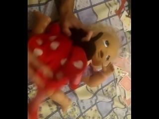 Novinha brasileira dando pro neg&atilde_o de preto saltitante (amador)