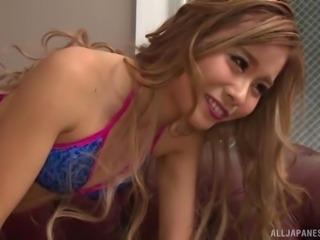 Asian Yuuki Mari has beautiful hair and a huge sexual appetite