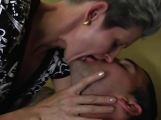 Granny Gets A Massive Facial 140.SMYT