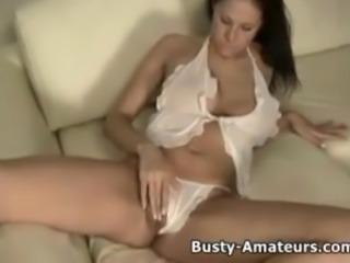 Busty amateur Gianna masturbates her pussy using dildo