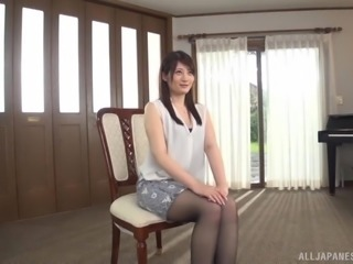 Ikushima Ryou has sexy underwear but she likes it better on the floor