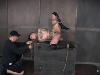 tattooed goth beauty learns to be a good submissive