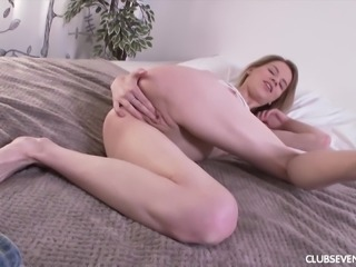Crystal Maiden is curious about her dripping wet vagina