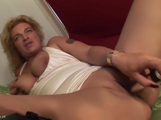 Sabina with nice ass comfortably masturbating indoors