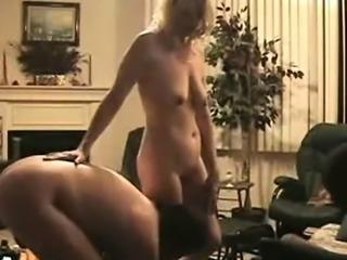 Interracial Cougar Cuckold 3