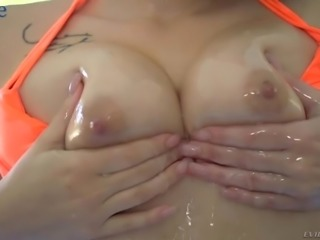 All wet giggling nympho Rachael Madori gets rid of her bikini to fuck