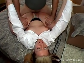 Thick amateur babe fucked in her first porno