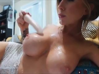 Big tits beauty deepthroat dildo on webca