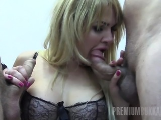 alina swallows 65 huge mouthful cum loads