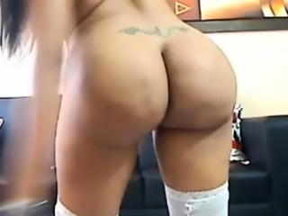 Latina with big ass teasing on webcam