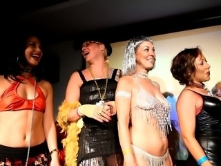 Sexy Naked Pimp N Hoe Party Sluts