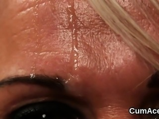 Foxy model gets sperm load on her face swallowing all the ji