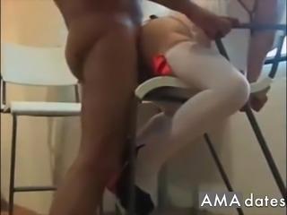 Asi clavamelo! Mexicana nalgona en lenceria cogida en silla!