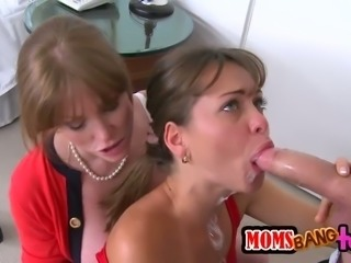 Sensual MILF Having sex with Gorgeous Teen and a Hard Cock in Threesome